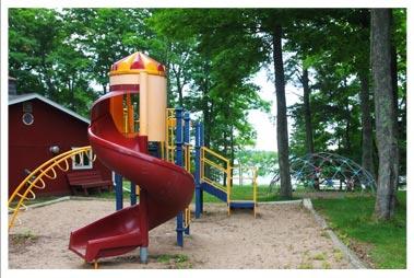 rib-lake-parks-playground